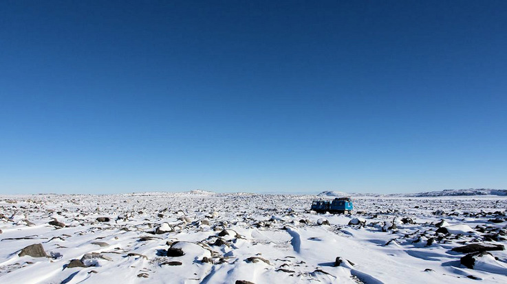 Adams Flat, eine Ebene, liegt nahe der australischen Antarktis-Station Davis. Hier fanden die