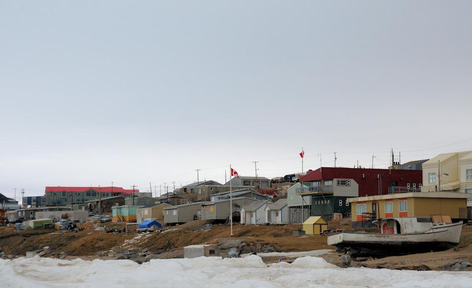 Viele der Küstenbewohner in Nunavut und Neufundland sind Fischer und Jäger. Um ihnen gewährleisten zu können, ihr Handwerk weiter ausüben zu können, wurden die Gebiete zu  Reservaten und nicht Schutzgebieten erklärt. Bild Michael Wenger