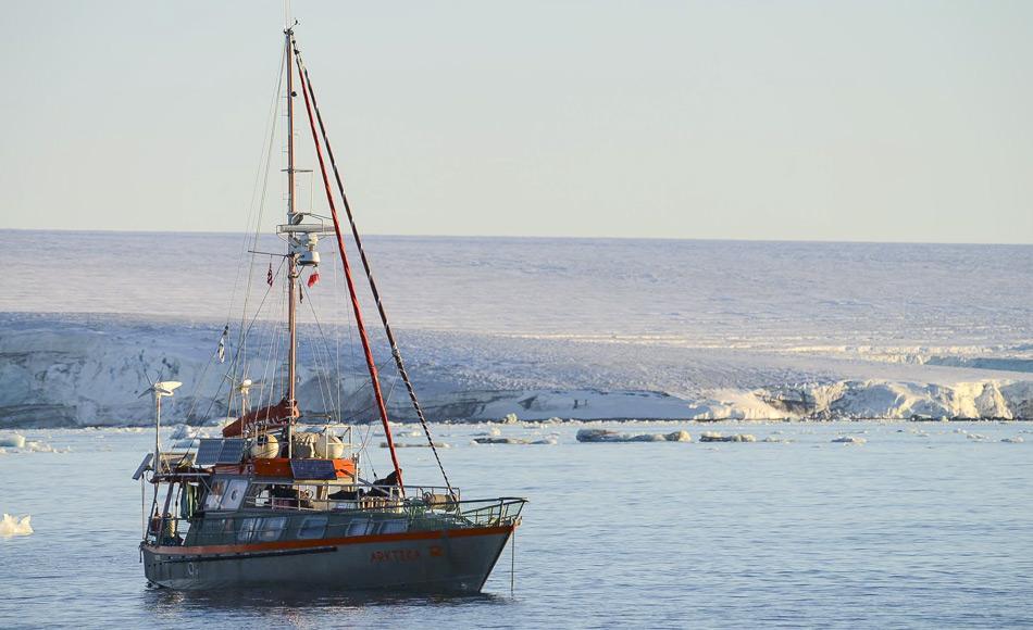 Die Arktika ist eine fantastisch ausgestattete Yacht mit modernster Elektronik. Sie hat etwa 20000 Seemeilen im Arktischen Ozean einschließlich der Nordwest- und Nordostpassage hinter sich. Bild: Arktika/Facebook
