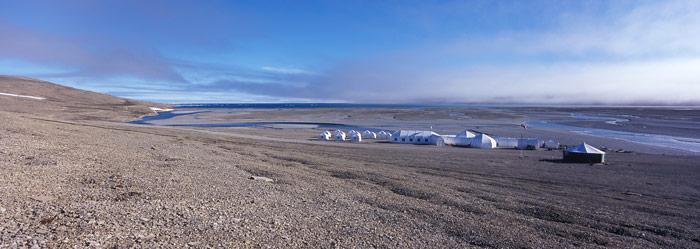 Die «Arctic Watch Wilderness Lodge», ein 5-Stern Resort etwa 900 Kilometer nördlich des Polarkreises.
