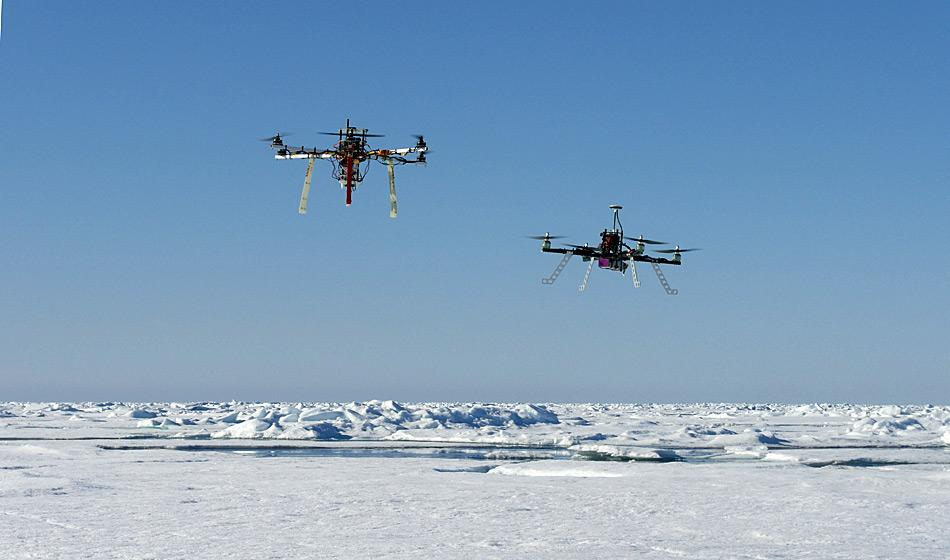Multikopter-Einsatz in der Arktis. Foto: AWI, Tobias Mikschl